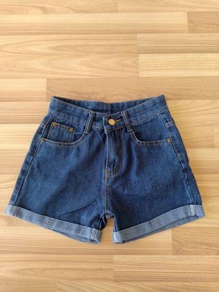 Denim Shorts High Waist / Celana Pendek Jeans