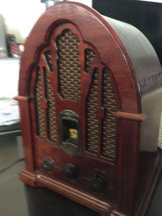 Clearing vintage GE Radio