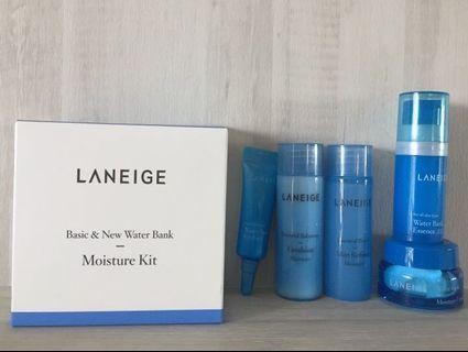 CLEARANCE SALE!! Laneige Basic and water bank Moisture Kit 5items