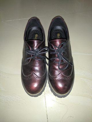 Sepatu boots low