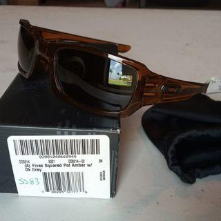 Oakley Fives Squared Amber with Dark Grey