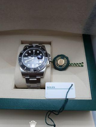 🚚 Brand new Rolex submariner stainless steel