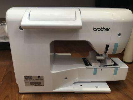 Brother PE800 Embrodiery Machine BRAND NEW