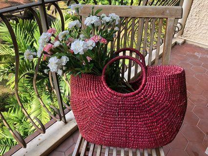 🚚 Big Roomy Red Woven Handbag