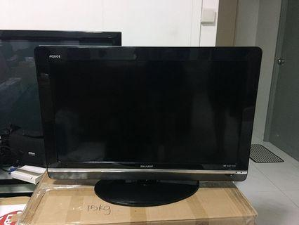"🚚 Sharp Aquos 32"" TV"