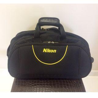 Cheap! NIKON Large 55-CM Long Black Travel / Trolley Bag (4 Compartments)