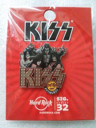 Hard Rock Cafe Pins ~ PITTSBURGH HOT 2014 SIGNATURE SERIES #32 KISS BAND!