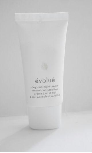 Evolue day and night cream 30ml
