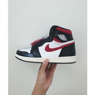 "Nike Air Jordan 1 ""Gym Red"""
