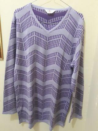 #luckyoetomo Sweater Ungu