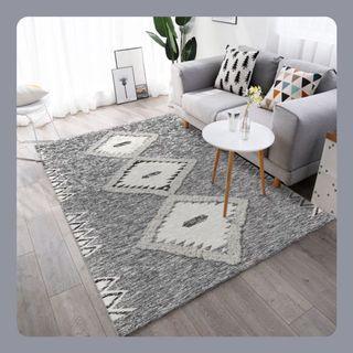 #北歐風大地色調印花地毯      Classic Earth Tone Patterned Rug