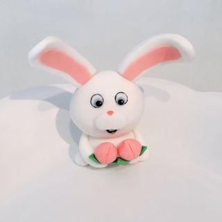 Customized snowball bunny rabbit fondant cake topper
