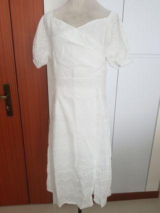 BNWT Eyelet dress