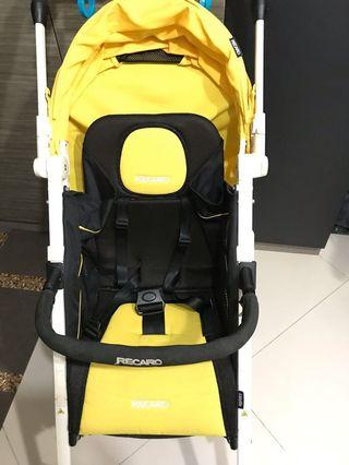 🚚 Recaro baby stroller with original bumper bar