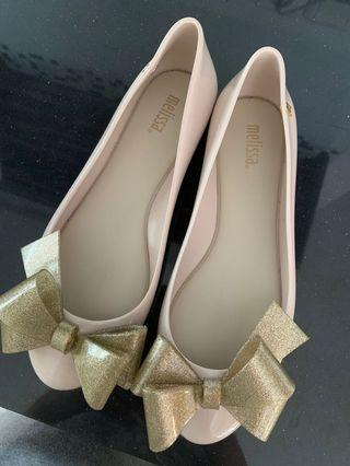 Melissa Shoes love space in beige size 38