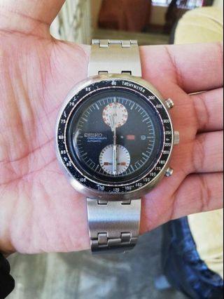 December 1972 Vintage Seiko UFO Chronograph not Citizen Orient Tissot