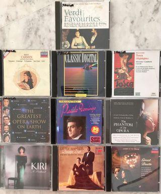 Opera favourites: set of ten CDs