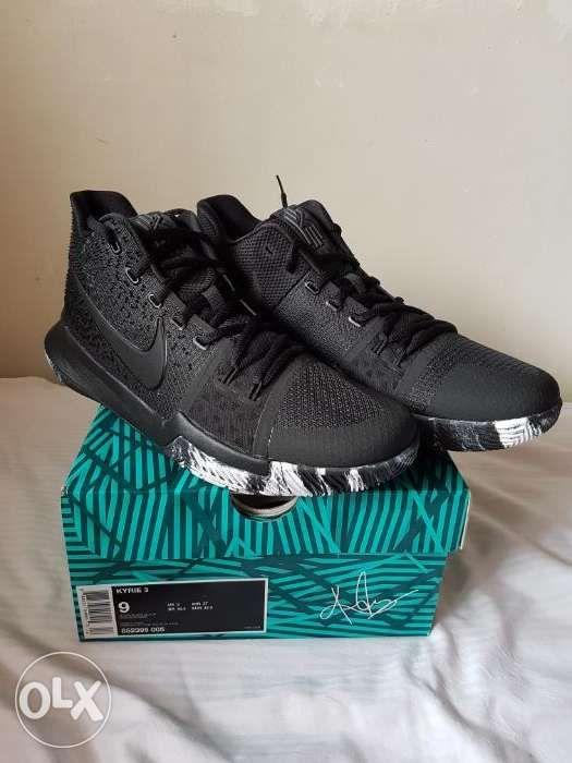 free shipping 635d2 6c101 Nike Kyrie 3 Triple Black Marble Size 9 on Carousell