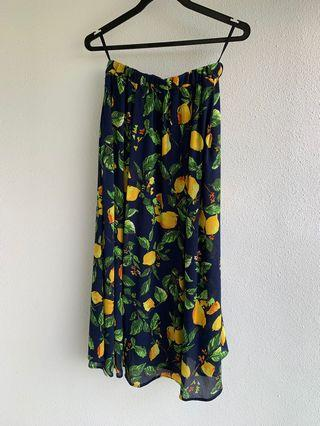 🚚 Size 40 uk 12 Rope picnic floral skirt