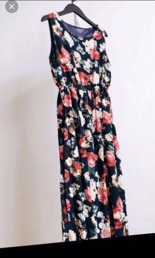 🚚 韓國帶回 鮮艷花卉修身洋裝