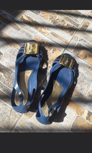 Jelly shoes