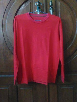 Kaos Lengan Panjang warna Merah ukuran : L