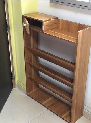 Assembled Brand new 5 tiers shoe rack ( complete set )