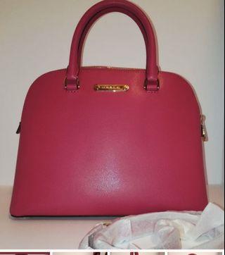 🚚 Michael Kors Cindy Large Dome Satchel Pink