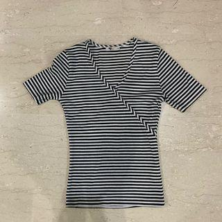 Stripe v neck TOP TEMT