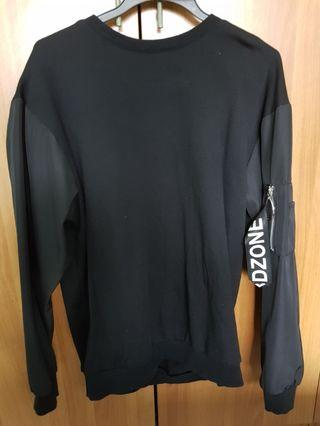 Black Pullover via free mailing quick deal $5