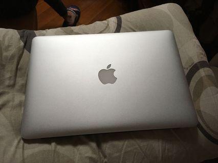 """Apple MacBook Air 13"""" 2015 version"""