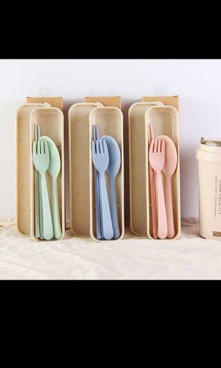 Po reusable utensils set