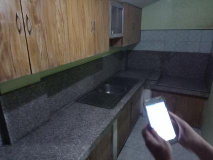 Granite installer