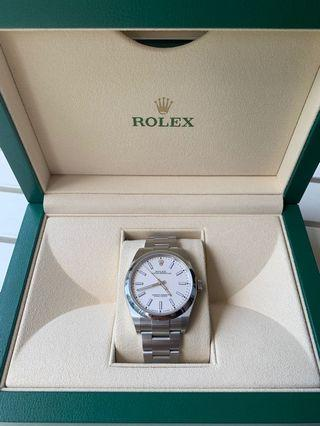 Rolex Oyster Perpetual 39 114300 Brand new