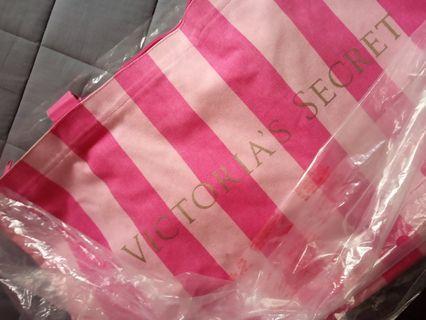 Victoria's Secret Bag (travel)
