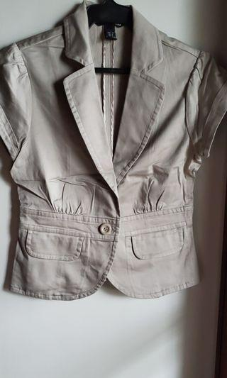 H&M TAILORED SHORT SLEEVE BLAZER-BEIGE,SIZE 6