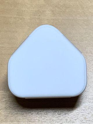 New Apple 5V charger