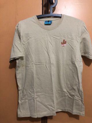 🚚 khaki tshirt