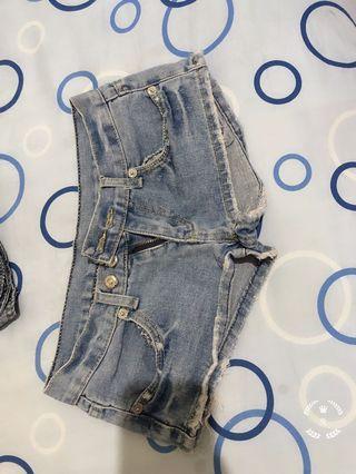M 短褲 合售