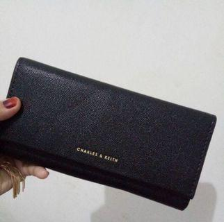 Charles & Keith Wallet / Dompet Front Flap Long