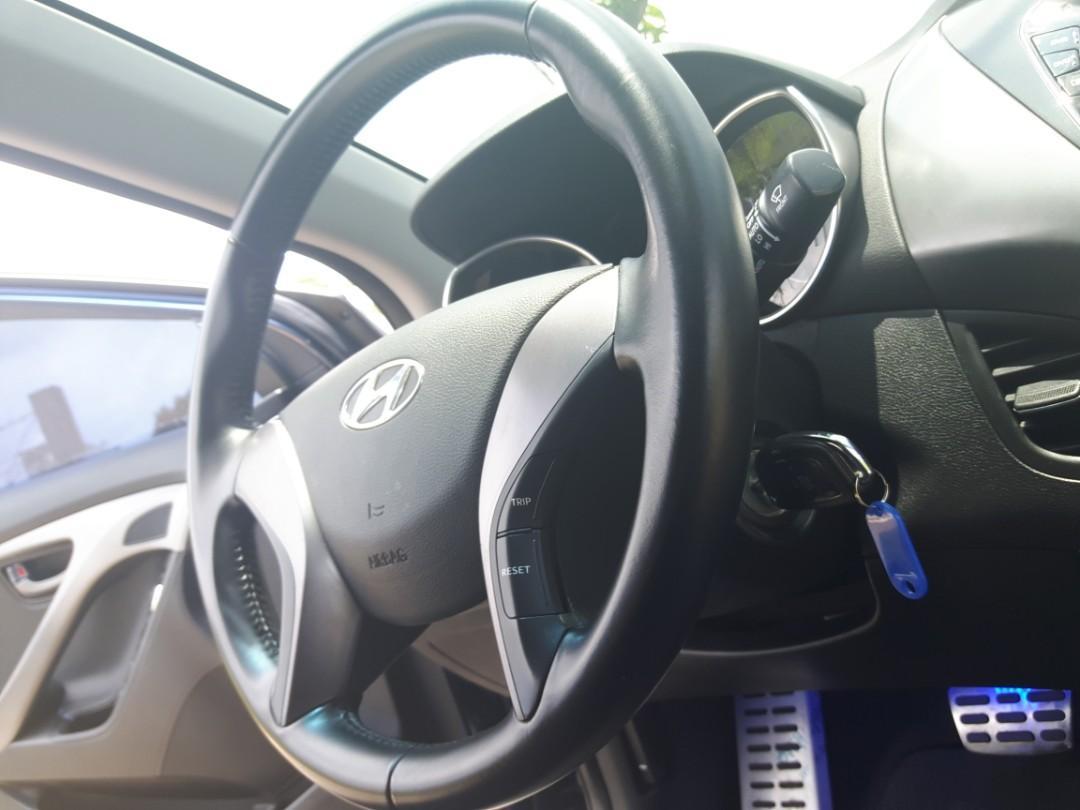 Hyundai Elantra【只賣好車,服務至上】【只要敢問,就是便宜】【熱門中古車】【五大保證】【全額貸款】