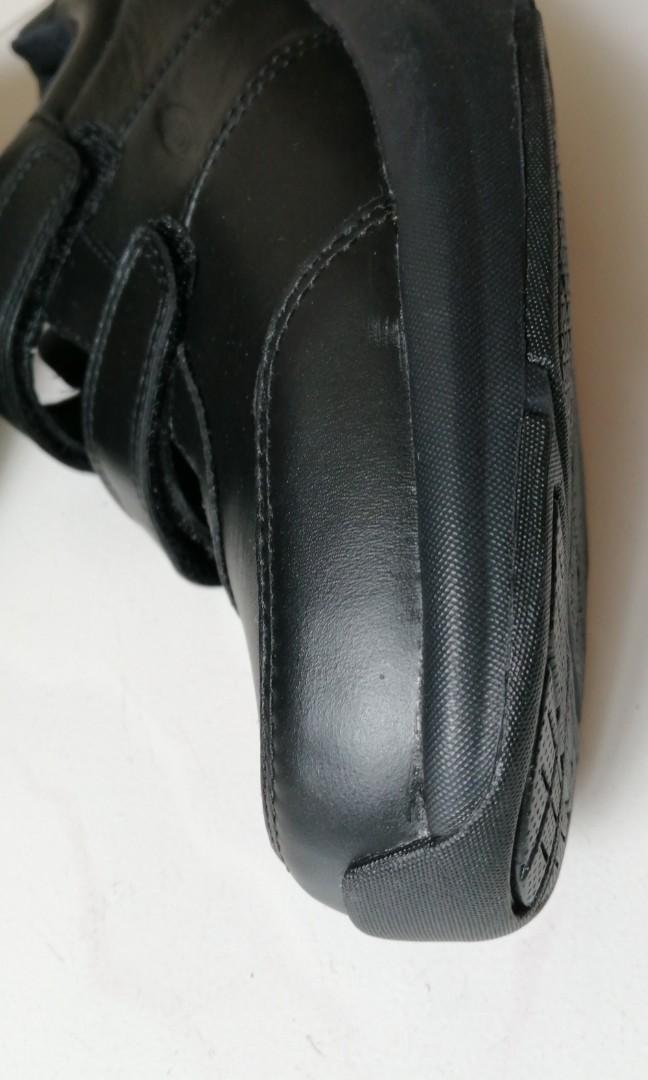 瑞士設計實用休閒鞋
