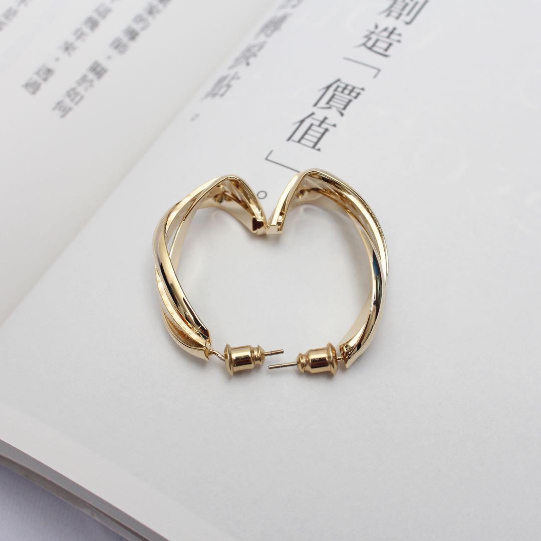(全新)螺旋彎曲耳環 925純銀