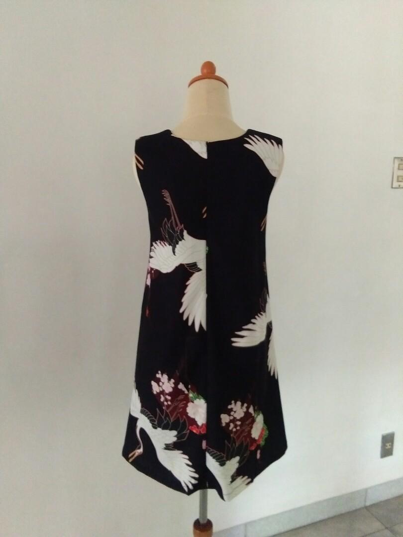 Dress motif jepang