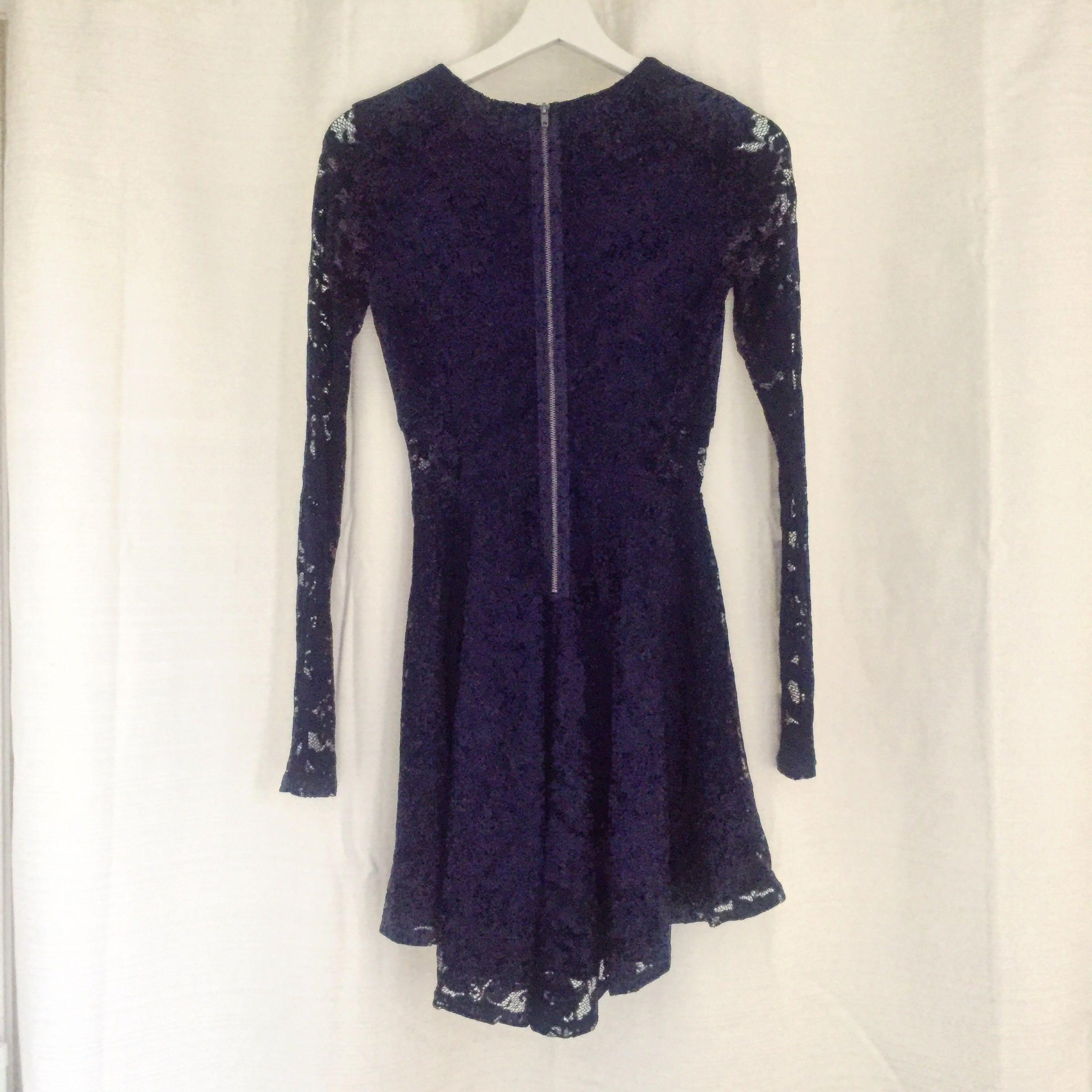 Brand new with tags! Navy blue lace dress (Garage)