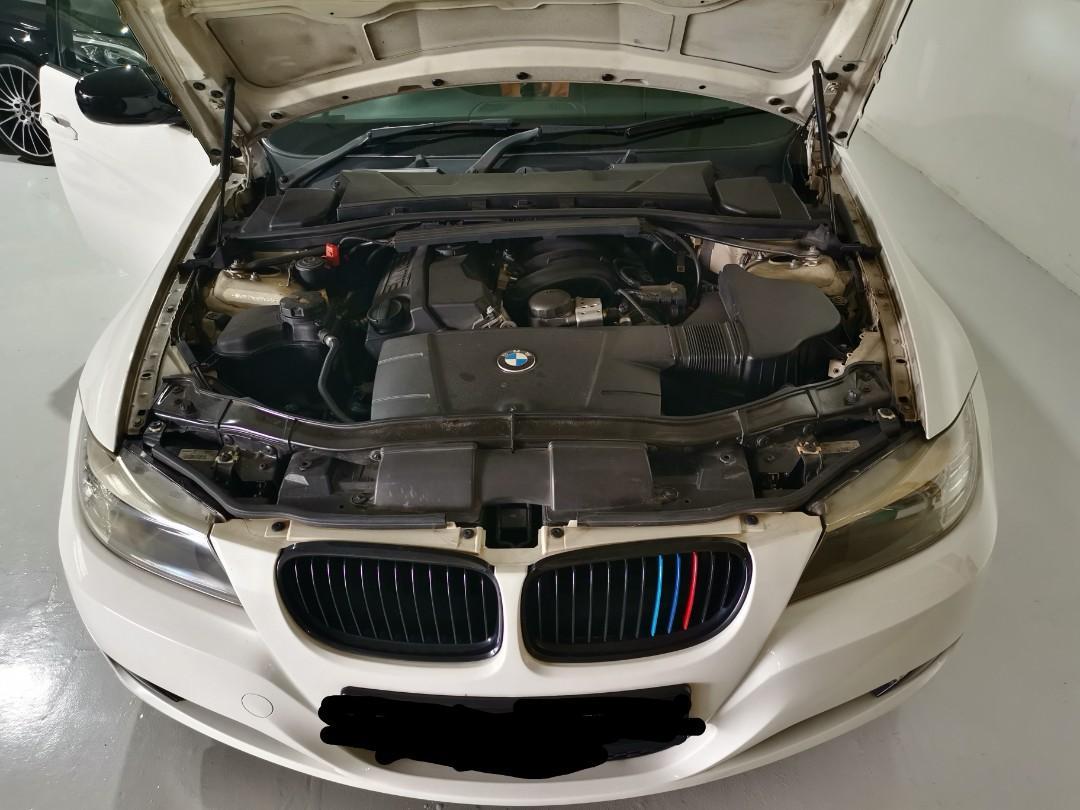White BMW 318i Sunroof 2.0