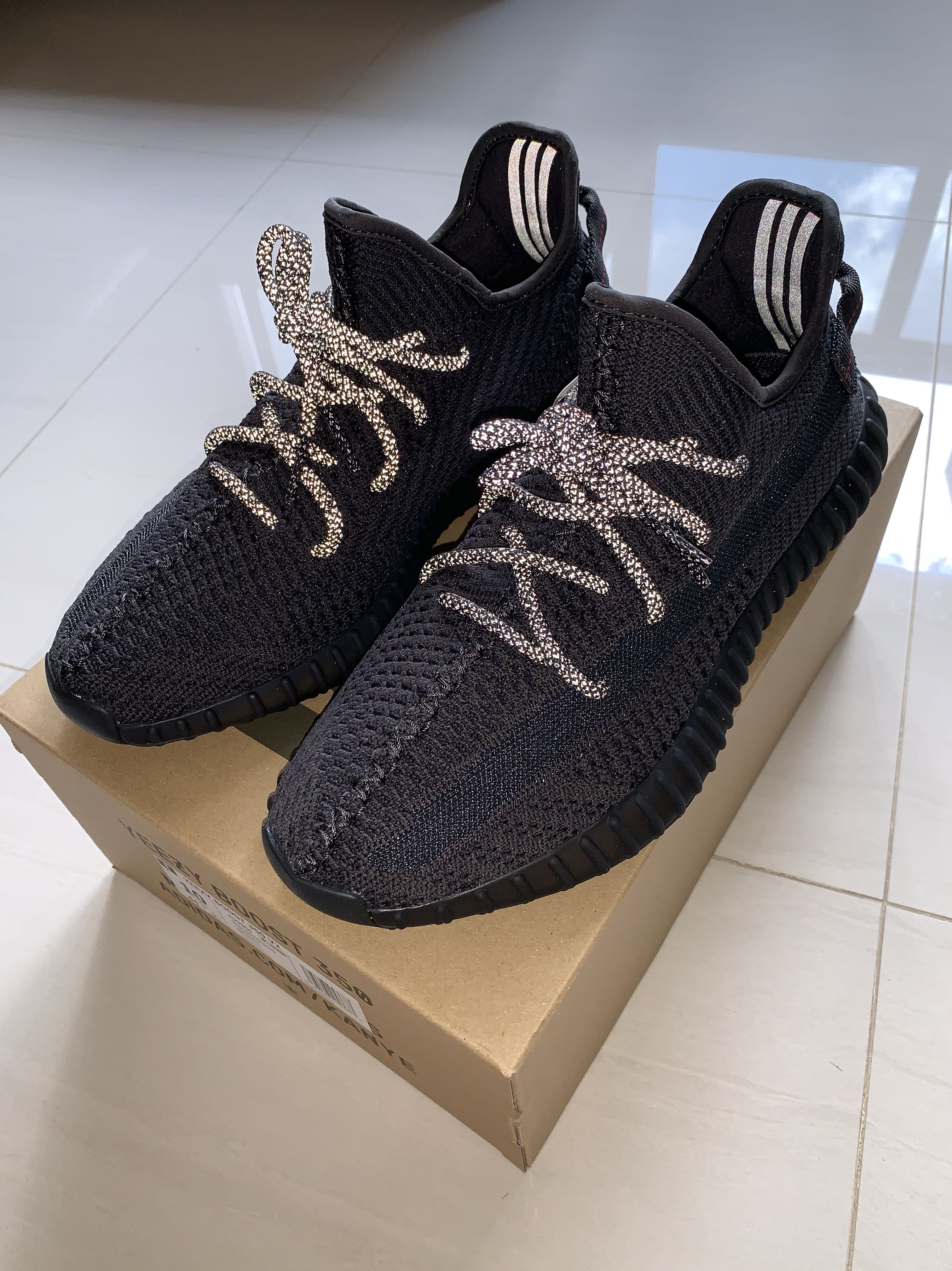 3723057c Yeezy Boost 350 V2 Black Static NF, Men's Fashion, Footwear, Sneakers on  Carousell