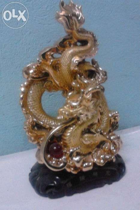 Figurine Dragon ceramics