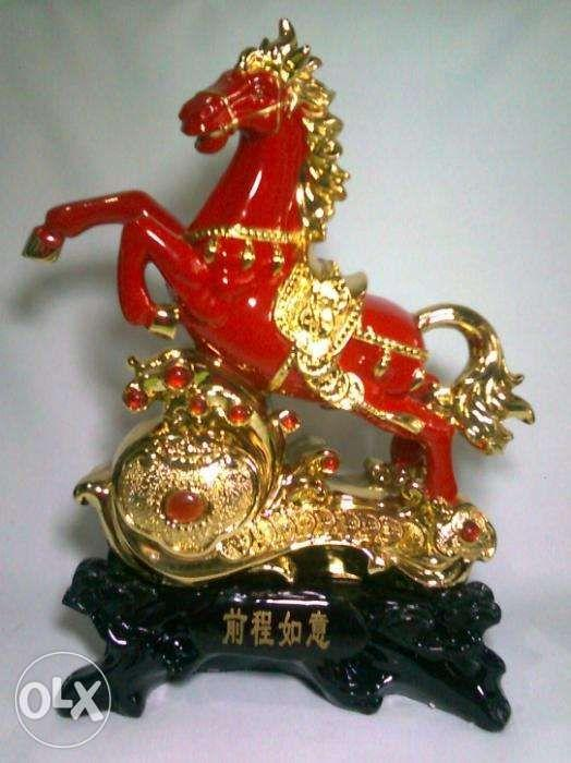 Lucky Horse Red Fig about 14 inches solid 2 kilo, Home