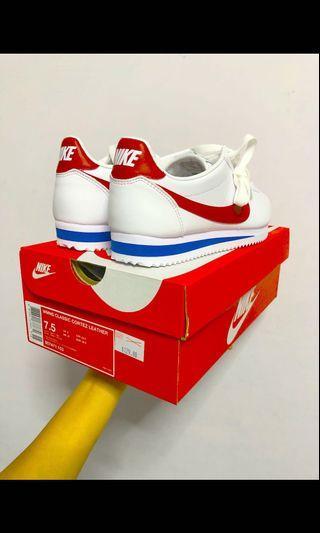 🚚 Nike Cortez leather (Women's)